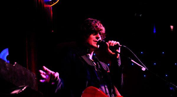 Nacho Vegas. Sala Oasis, 1/4/11, Por Jaime Oriz