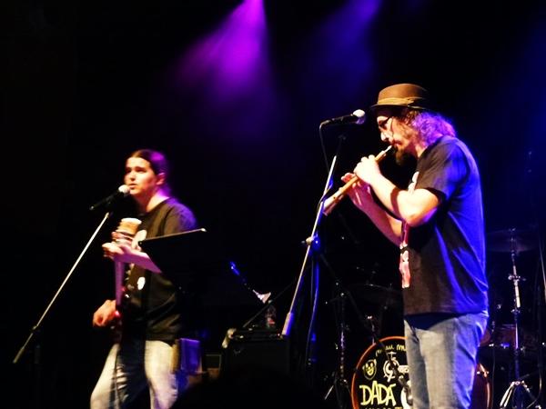 Foto: JUAKO MALAVIRGEN y PEPÍN BANZO en Kabaret Dadá. Por: Ánchel Fotos.