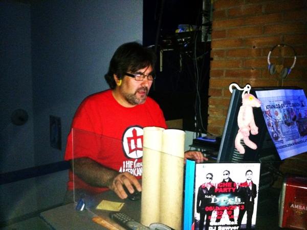 Foto: CÉSAR GÓMEZ en su Telesesión desde la sala Dpch.