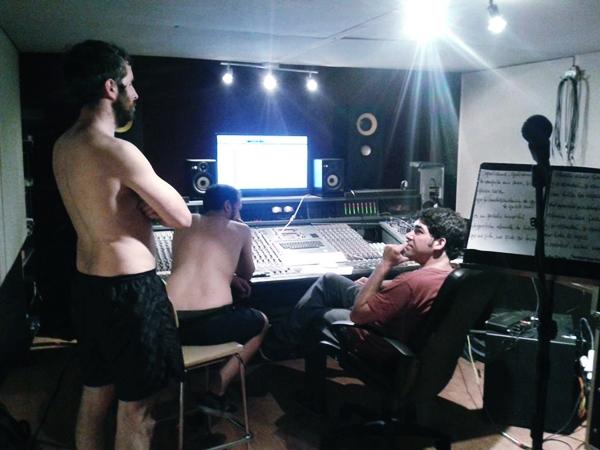PICORE durante la grabación de su próximo disco.
