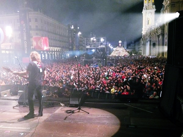 El público durante la intervención de Las Novias en el 10º aniversario de Aragón Musical