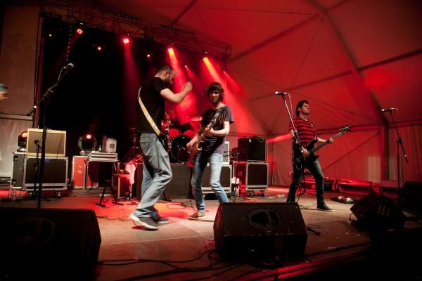 A ContraVerso durante la final del Concurso Interpeñas Pop-Rock. Por: Alberto Otero.