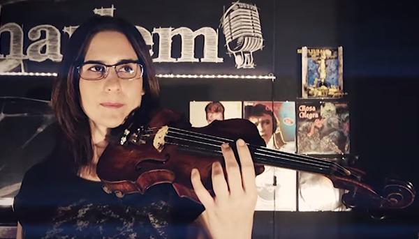 "Fotograma del vídeo ""Ayúdame"" de Sadai"
