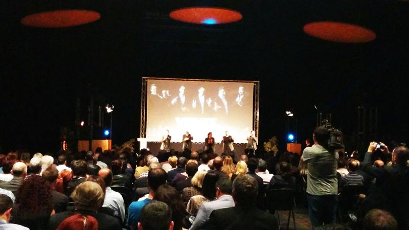 B-Vocal ahora mismoenla presentación de los Pilares 2015 en la sala Multiusos del Auditorio de Zaragoza