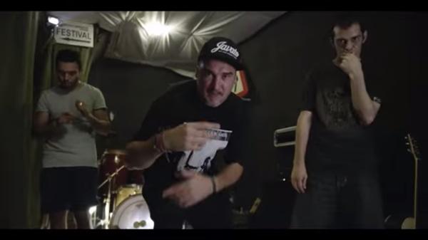 Fotograma del videoclip de Kase.O
