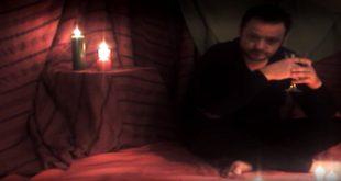 Fotograma del videoclip 'Que no se extinga' de Carlos Sobreviela