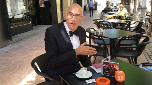Franco Deterioro hablando de'Engañando a los amigos' para Aragón Musical Tv. Más en www.aragonmusicaltv.com