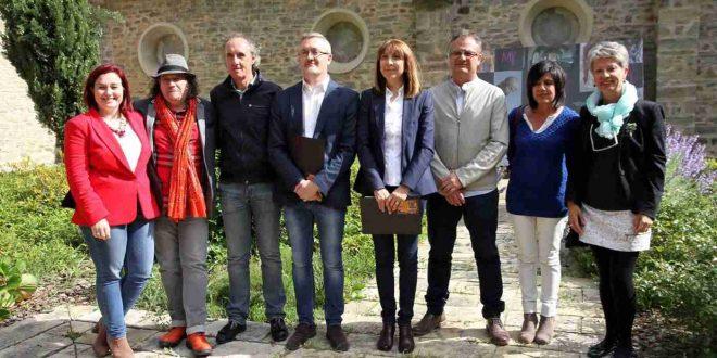 Parte de los implicados en la organización del XXV Festival Camino de Santiago durante la presentación del mismo