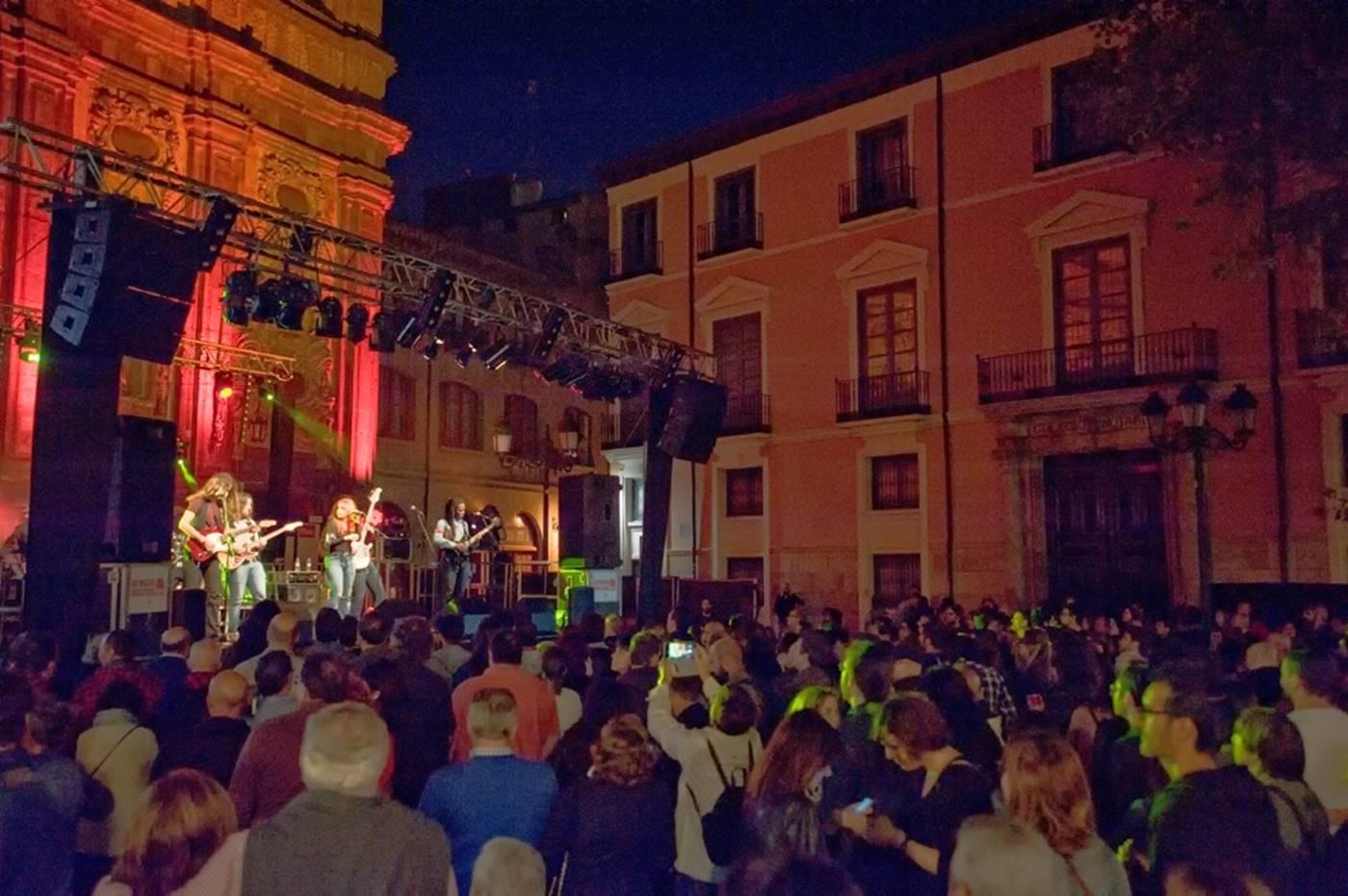 White Coven durante el 12º Aniversario de Aragón Musical