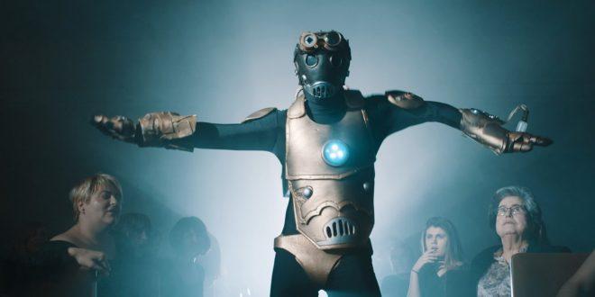 Fotograma del vídeo de The Bronson 'Funky robot' realizado por Ignacio Estaregui.