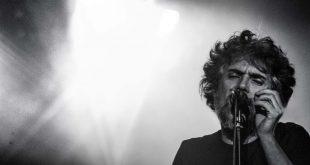 Iván Ferreiro en su actuación en Zaragoza, el 25/5/17 Por Stabilito, D.