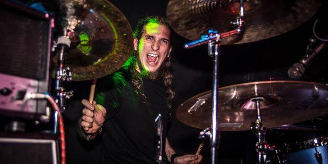 Fallece a los 29 años el batería aragonés Víctor Ponz