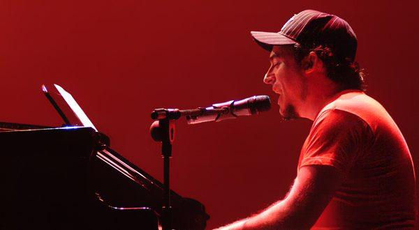 Cuti en su actuación durante los IX Premios de la Música Aragonesa en el Teatro Principal