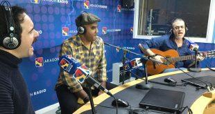 Jorge Usón, Adan Carreras y Fernando Favier, del grupo Decarneyhueso, en directo en Aragón Radio.