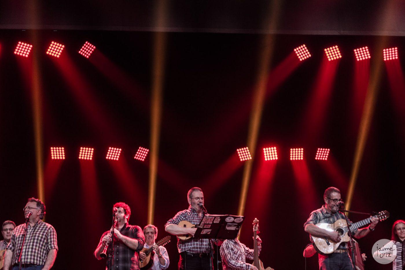 Actuación de La Ronda de Boltaña (Premio a la Trayectoria) en los XIX Premios de la Música Aragonesa). Foto, Jaime Oriz