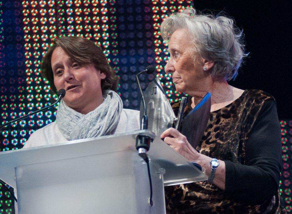 Paula Labordeta y Juana de Grandes. Foto, Ángel Burbano