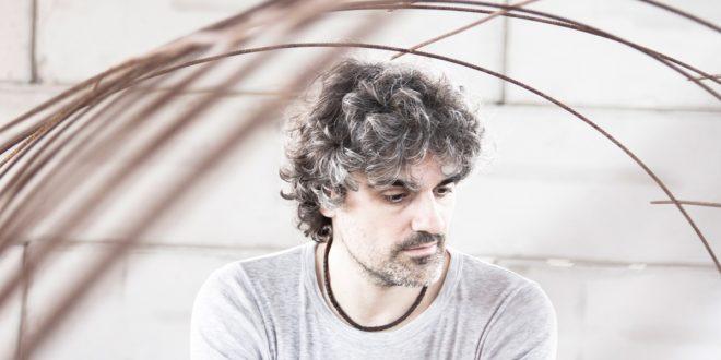 """""""Gente Corriente"""", el primer disco de Llorente"""