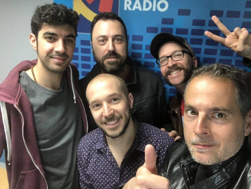 El grupo Puerto Luka y el organizador del Two Festival Fest Tomás Gómez junto a Aragón Musical tras grabar el podcast