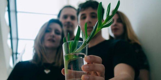 Casi Reptil: La Lata de Bombillas acoge la presentación de su tercer disco