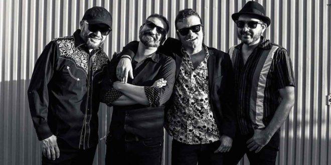 Jorge Martínez con su banda Despierta McFly