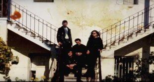 Fotograma de Rockasetas con el grupo Tela de Araña que contaba con Eva Amaral frente a la batería