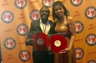 Ludmila Mercerón y Ronald Mente en los 27º Independent Music Awards