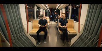 Fotograma del videoclip de Fominder 'Cuando despierto', dirigido por Jorge Nebra