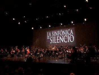 La Sinfónica del Silencio el pasado 19 de octubre en su estreno llevando a su terreno el repertorio de Héroes del Silencio