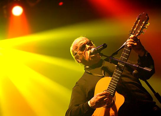 José Antonio Labordeta en Ráscale Guille. Foto, Ángel Burbano