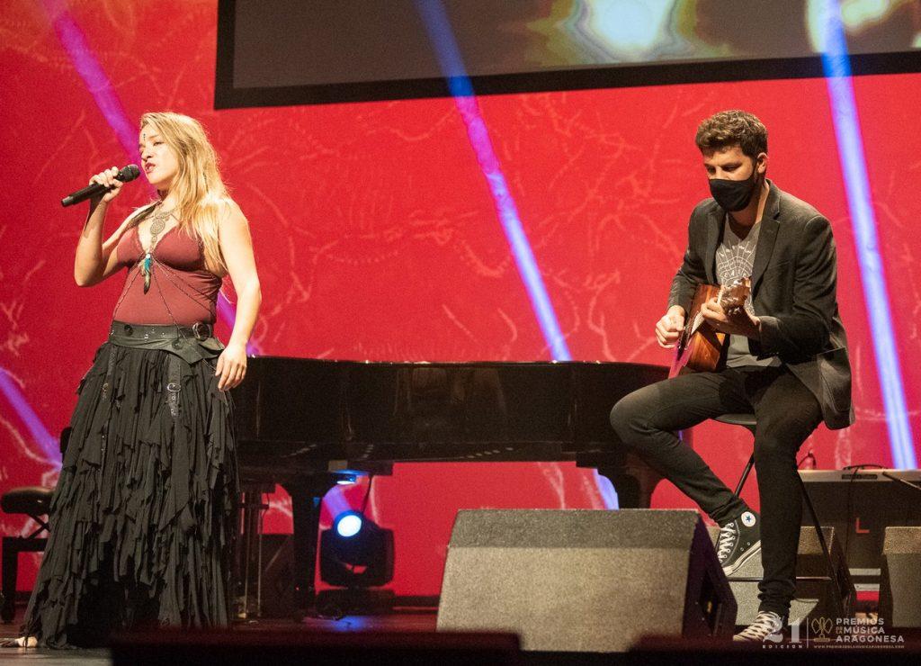 Viki Lafuente y Alex Comín / 21 Premios de la Música Aragonesa. Foto, Ángel Burbano