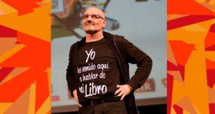 Miguel Mena en el transcurso de los 14º Premios de la Música Aragonesa. Foto de Ángel Burbano.