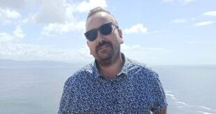 Fer Sanromán, el músico que ha llevado adelante Yousic, la empresa oscense de canciones para regalar.