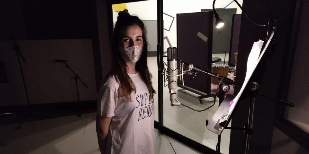 Elem a su paso por el Laboratorio de Sonido del Centro de Historias de Zaragoza para grabar un tema para 'O Zaguer Chilo 5'. Foto por Nogará Religada.