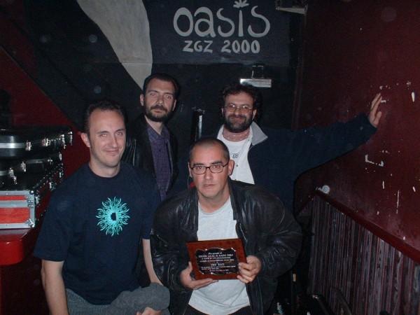 Ixo Rai! tras recoger la Categoría Especial a la Trayectoria en los IV Premios de la Música Aragonesa. Foto por David Chapín.