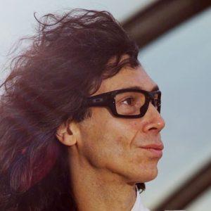 David Abad dirige el proyecto Architects of Hysteria.