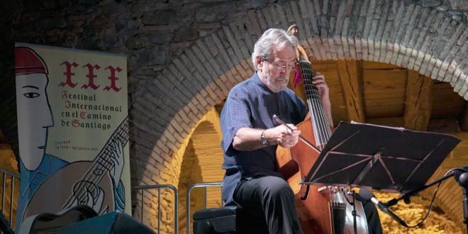 Jordi Savall en el 30º Festival en el Camino de Santiato. Foto, Raquel G Canes