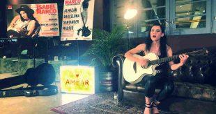 Isabel Marco durante la presentación de 'Sin domesticar en Cervezas Ambar. Por Aragón Musical.